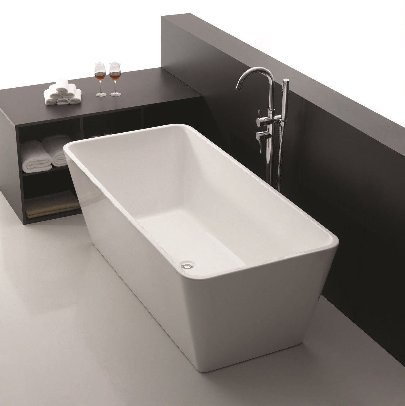 Square Tub Elouera  Square Freestanding Lucite®Acrylic Bath Tub  1400Mm