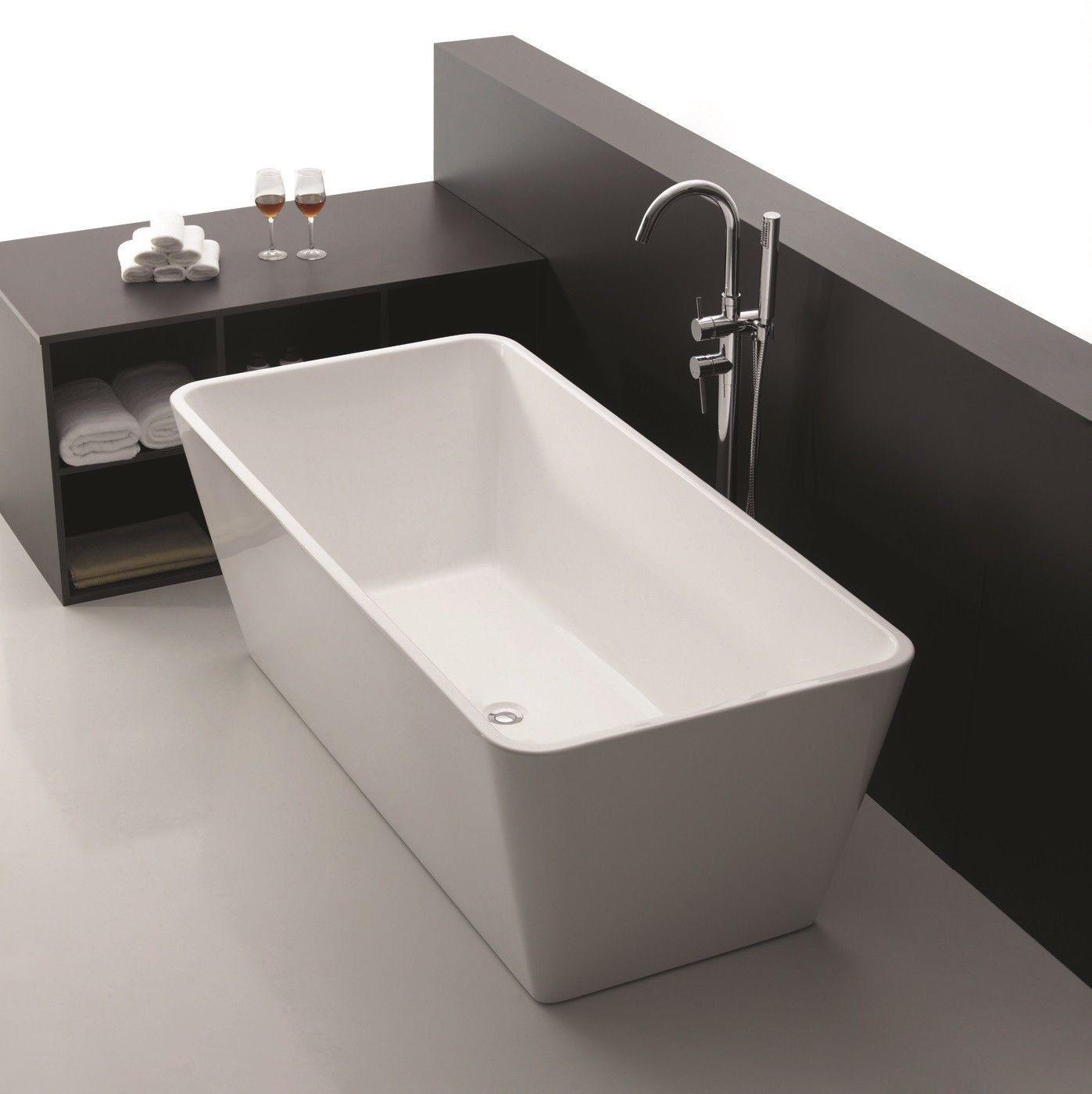 Elouera square freestanding lucite acrylic bath tub for Acrylic freestanding soaking tub