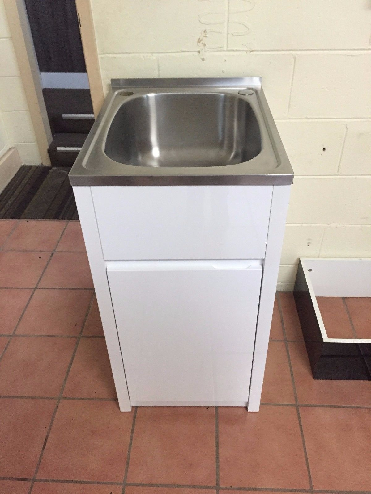35l 455mm Stainless Steel Laundry Tub With White Gloss